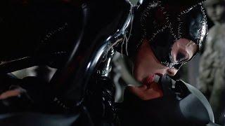 Download Video Catwoman + Batman | Batman Returns MP3 3GP MP4