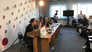 Смотреть видео Московское Яблоко решает вопрос о выдвижении кандидата в Мэры Москвы / LIVE 08.06.18 онлайн