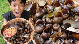 Survival Skills - Yummy cooking snail and eating