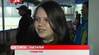 Днепропетровских детей развлекала Снежная Королева