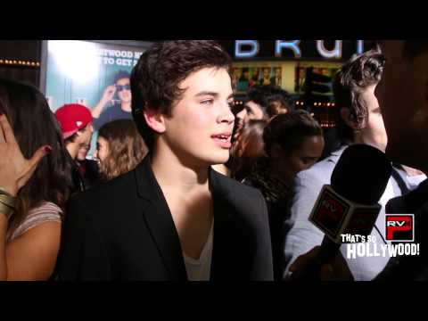 Hayes Grier Gets Pranked By Brother Nash, Christmas Wish List & More At Expelled Premiere!