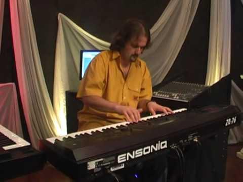 "SERGIO ALVAREZ  ""Catherine of Aragon"" de Rick Wakeman, en Piano para TV"