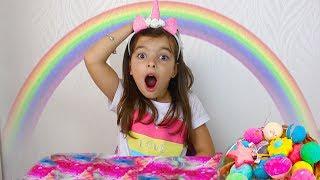 BRINCANDO E APRENDENDO CORES  Learn Colors for Kids with Color Bath Bomb Surprise for Children Songs