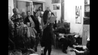 Soiree poésie du 10 mars 2012  texte de rosa yemen joué par sophie hutin