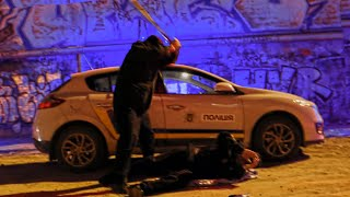 ДЕД НАПАЛ НА ПОЛИЦЕЙСКОГО  | #ПолицияLIVE 🔴 24 серия