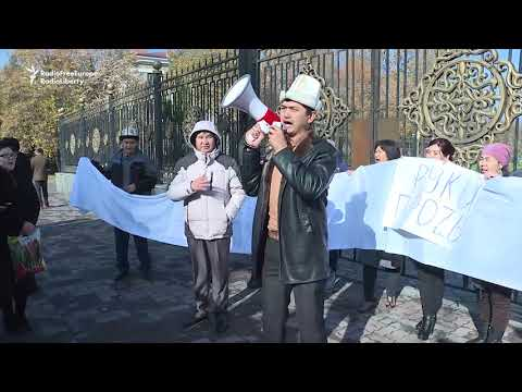 Kyrgyz Protest Law To Allow Mining In Glaciers