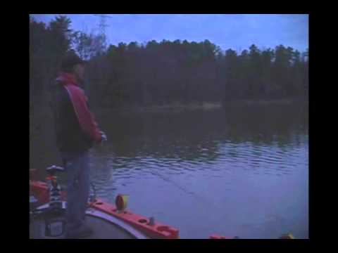 sc winter top water fishing lake wylie lake norman nc bass fishing guide rusty white nc. Black Bedroom Furniture Sets. Home Design Ideas