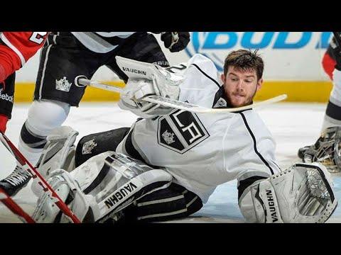 NHL: Goalies Losing their Mask