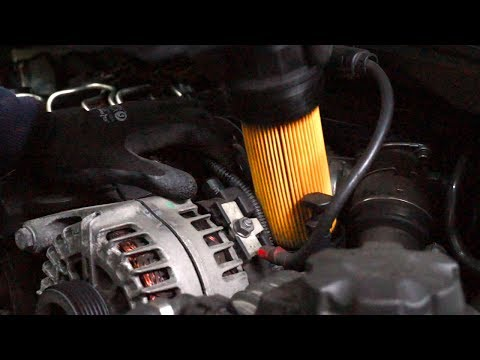 BMW 1-Series E87 engine oil and filter change