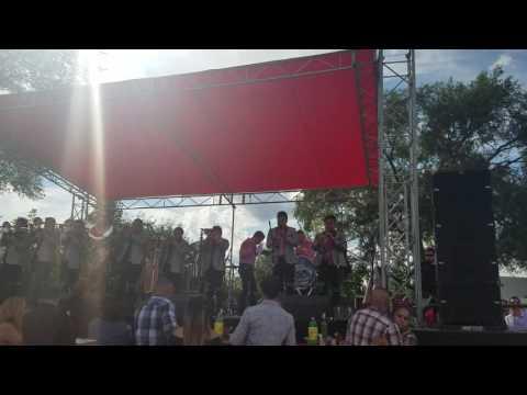 Quiéreme - Banda Troyana
