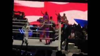 WWE Smackdown London - The Union Jacks (3MB) and Hornswoggle