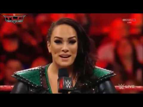 Fan Bella - Rya Lyn vs. Nia Jax: Raw, January 23, 2017 (Sasha attacks and takes down Nia)