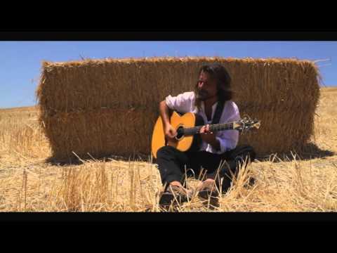 """CARLOS CHAOUEN """"En La Frontera"""" (Videoclip)"""