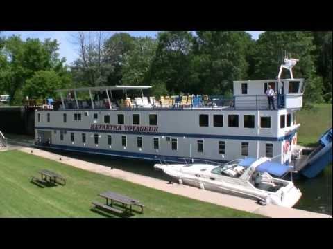 Kawartha Voyageur Cruise Boat On Trent Severn Waterway