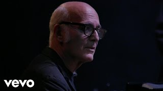Ludovico Einaudi - Drop – Live In London 2016