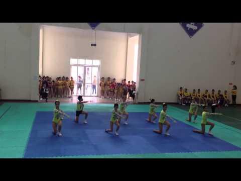 Y.aerobic 8 người thcs Quận Long Biên 18/3/2014