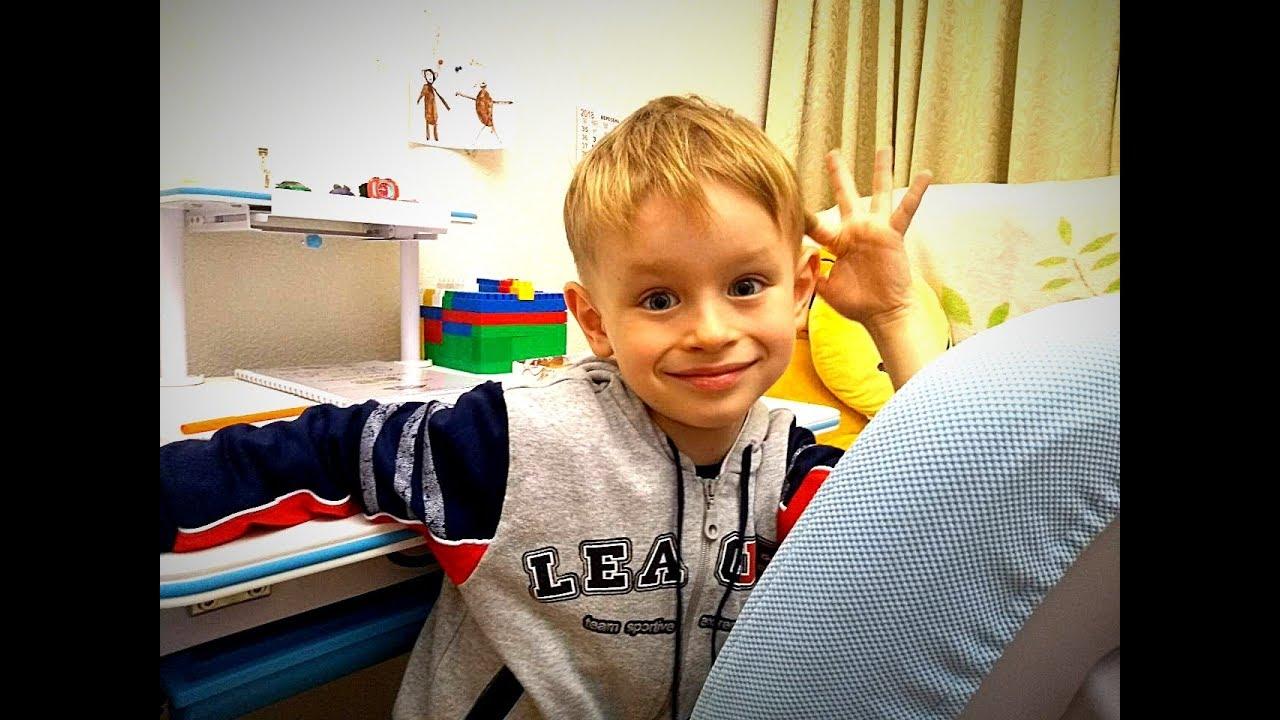 Хлопчик читає вірш про Україну. Розповідь про себе + Віршик від Гришуні :)Відео для дітей і дорослих