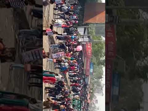 too much unemployment students goes for giving clerk exam