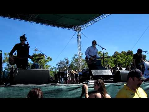 Spoon - Don't You Evah, Live @ BFD June 2010