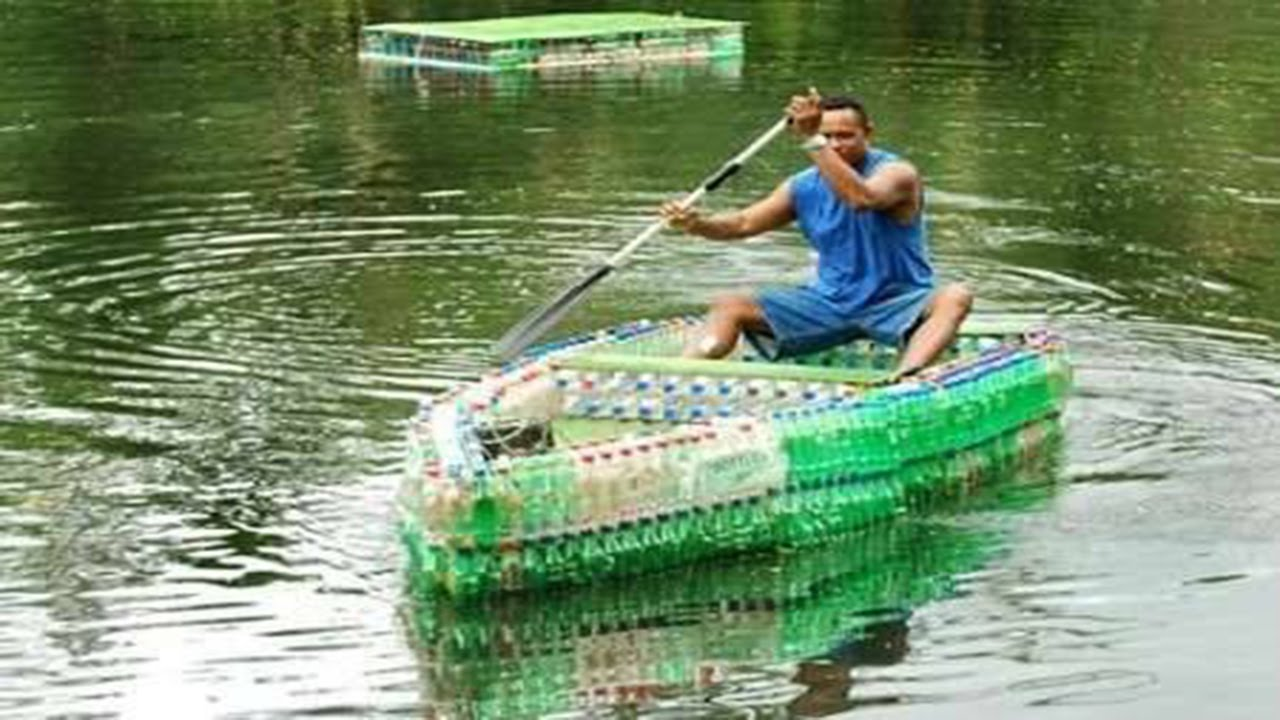 Plastic bottle boat ·▭· · ··· Soda water bottles - YouTube