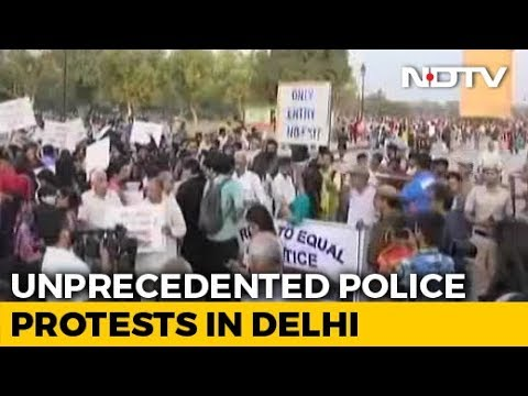 Policemen In Delhi End 11-Hour Protest Over Assault By Lawyers