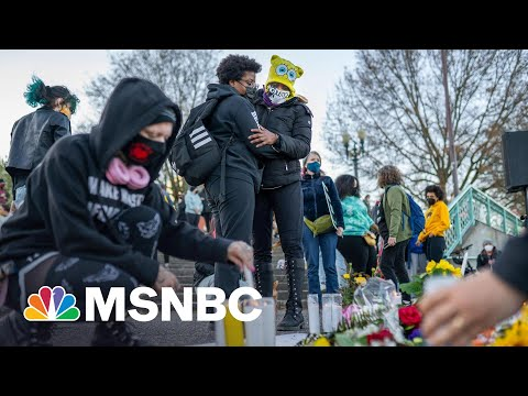 Officer Who Fatally Shot Daunte Wright Resigns | Ayman Mohyeldin | MSNBC