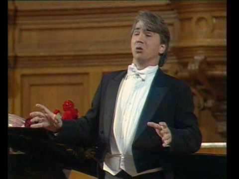 Hvorostovsky in 1990 - Aleko's Cavatina