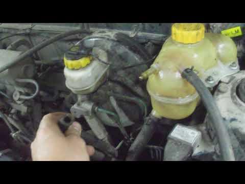 Замена пробки водяной рубашки Ланос в гаражних условиях
