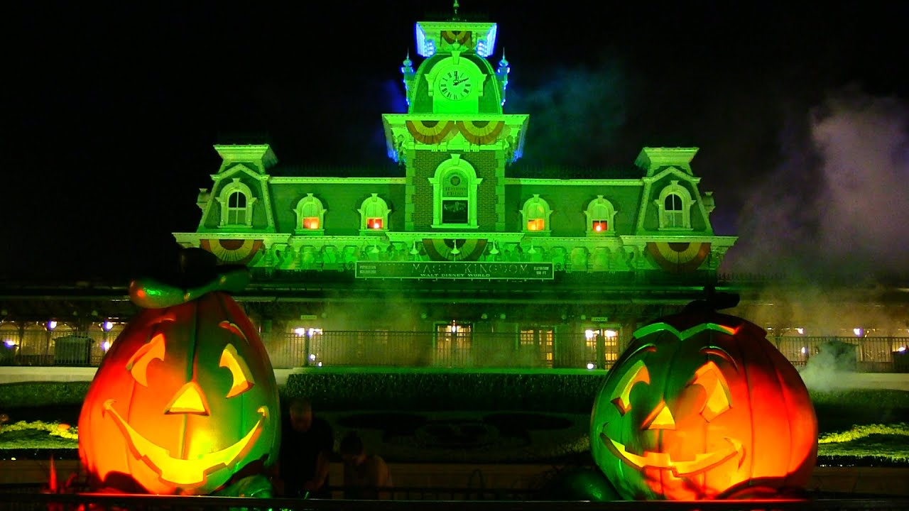 2014 mickeys not so scary halloween party overview youtube - Disneys Not So Scary Halloween Party