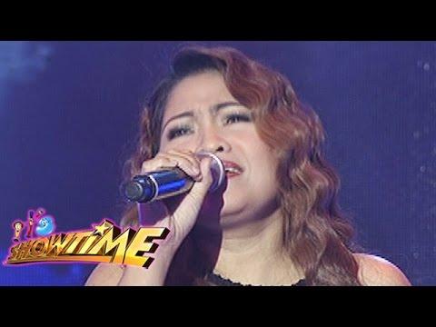"It's Showtime Singing Mo To: Dessa sings ""Lipad Ng Pangarap"""