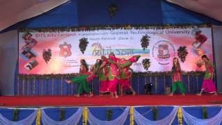 folk dance bhangra   feat team itm   youth fest 2015