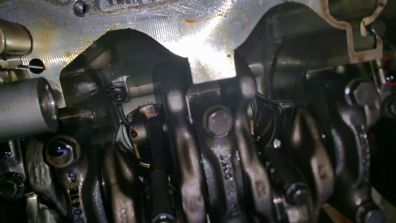 1.2 TSI 20000 пробег стук мотора.
