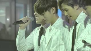 151017 B1A4 롯데월드몰 콘서트 : 이게무슨일이야 (진영 focus)