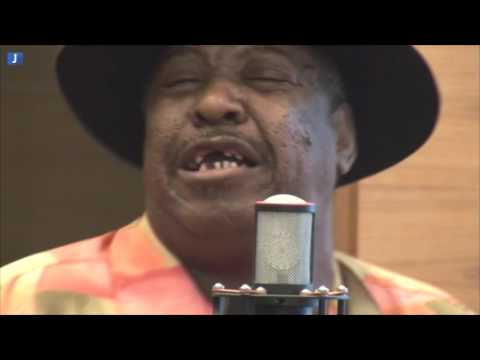 Magic Slim and the Blue Jeans Blues Band + interview (HD Quality)