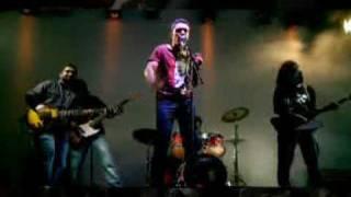 Hum Honge Kaamyaab - Performed by Indian rockers Galeej Gurus. Fueled by Flying Machine.