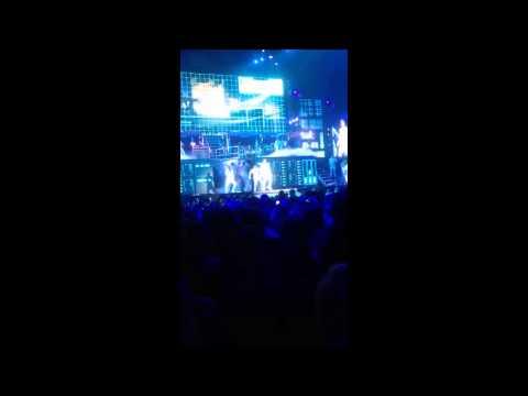 JB concert JJ song jan 2013