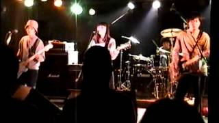 大阪発のギターポップバンドHoney SkoolMatesの心斎橋サンホールでのラ...