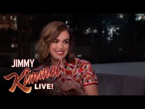 Elizabeth Henstridge on Being a Hungover Princess