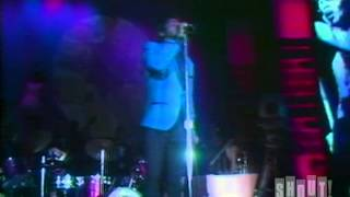 "James Brown performs ""I Got the Feelin"