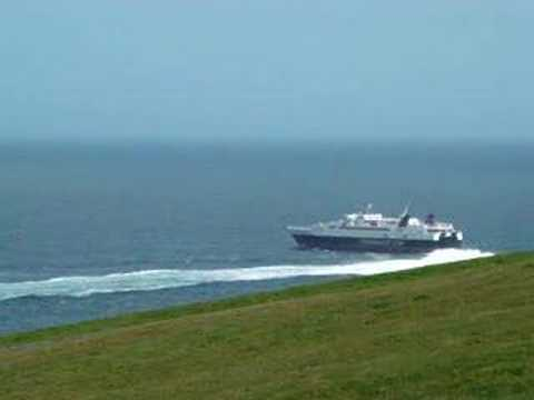 """Viking"" arrives Douglas, and passes ""Snaefell"""