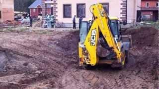видео Аренда экскаватора погрузчика JCB 3CX