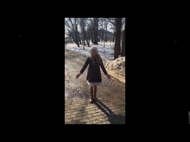 Изображение предпросмотра прочтения – АлисияЮргенсон читает произведение «Весна (Зима не даром злится…)» Ф.И.Тютчева