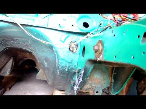 Запрессовка сайлентблока в лонжерон Ford Taunus