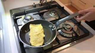 How to make an Omelette the French Way - Culinary Basics