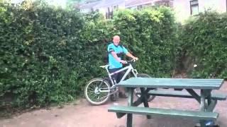 Пьяный на велосипеде