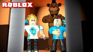 FIVE NIGHTS AT FREDDY'S IS IN THE ROBLOX ELEVATOR! | MicroGuardian