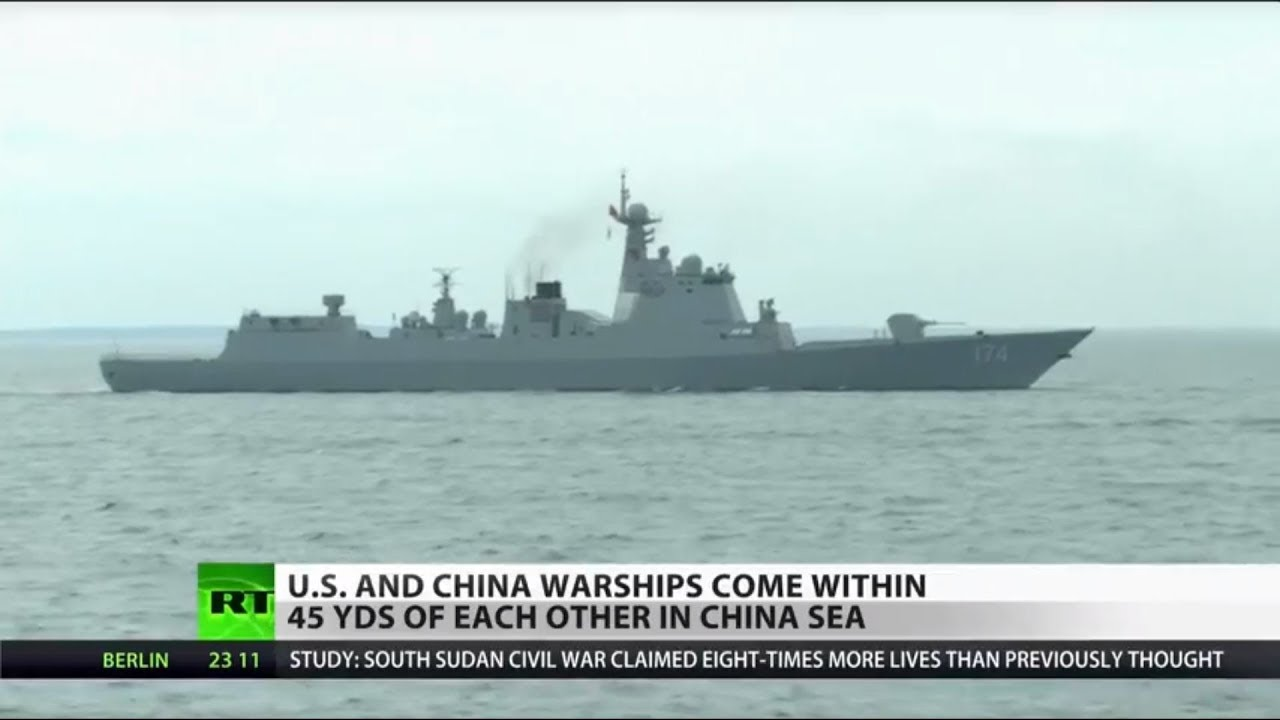 US and China Warships Nearly Collide in China Sea