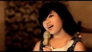 """ZANETA NAOMI """"AJARI AKU"""" Produksi : SEVEN MUSIC"""