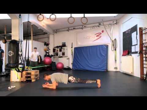 Core - dynamic Plank