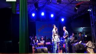 dangdut panggung mimi maharanie karang cinta